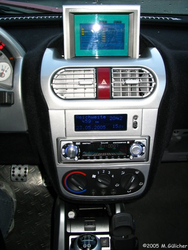 Transform a usual Corsa-C Twinport 1.2 (2004) into a Monster. How-To ...